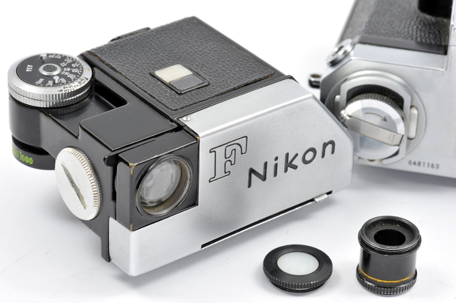 Nikon F with F Photomic Model II viewfinder: left diffuser alias ...