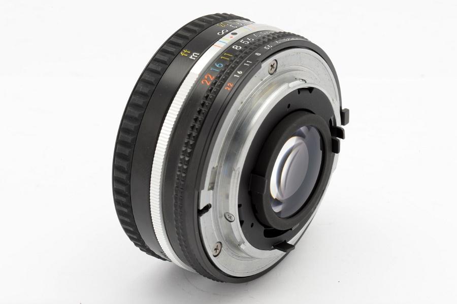 lens_50mm_f1.8_2257006_alt4.jpg