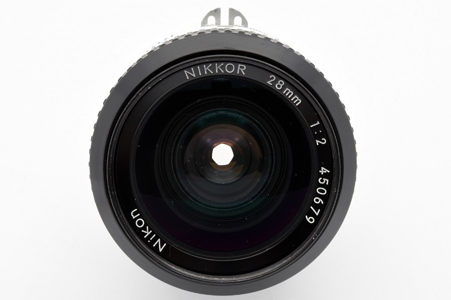 NIKKOR 28mm 1:2 AI 450679
